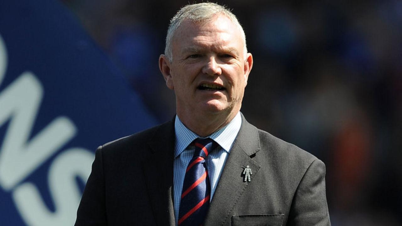 Руководитель  футбольной ассоциации Британии  призвал игроков-геев совершить каминг-аут