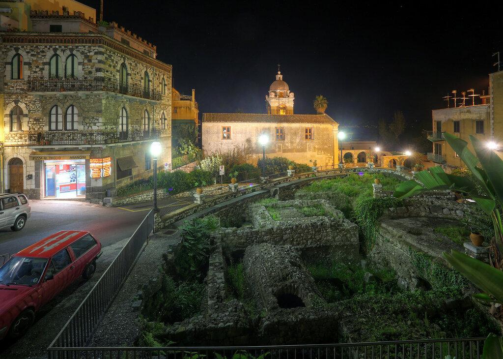Night Taormina. HDR photo