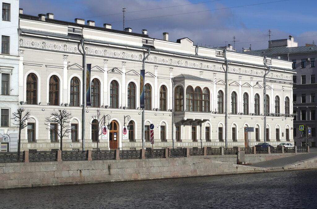 Fontanka_21_Shuvalov_Palace_Apr_2015_04.jpg