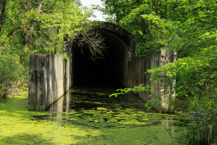 ИНТЕРЕСНЫЕ МЕСТА УКРАИНЫ: Жуков остров и недостроенный Сталинский тоннель под Днепром