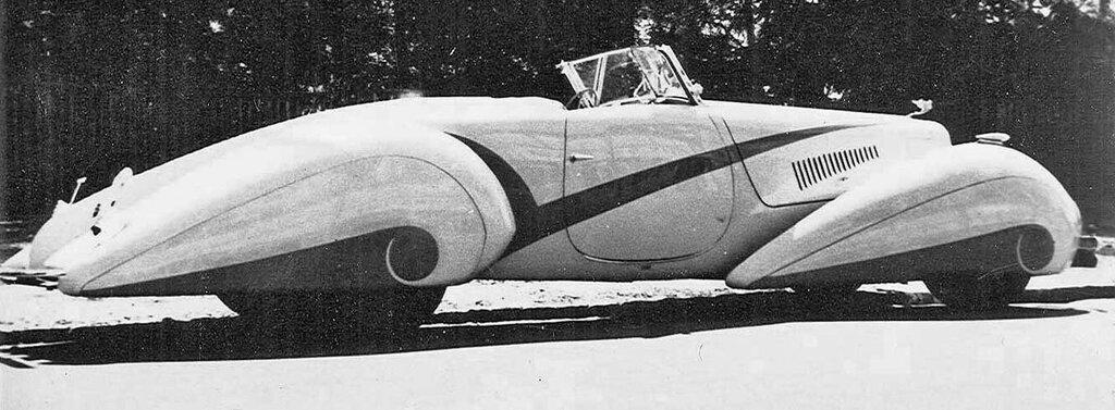 1937 Cadillac V-16 with Swiss Coachwork by Hartmann 3.jpg