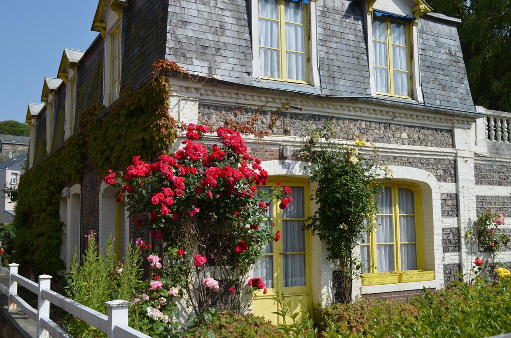 сельские дома во франции фото при открытых