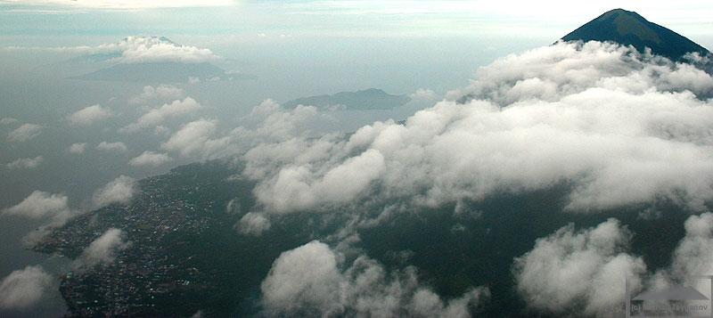 Пролетая к востоку от Тидоре