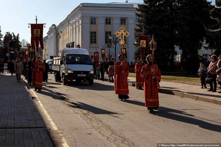 Пасхальный крестный ход в Нижнем Новгороде