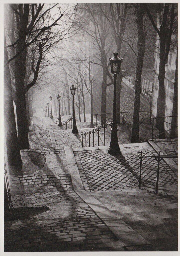 Лестницы, Монмартра, 1936 by  Brassai ,Paris