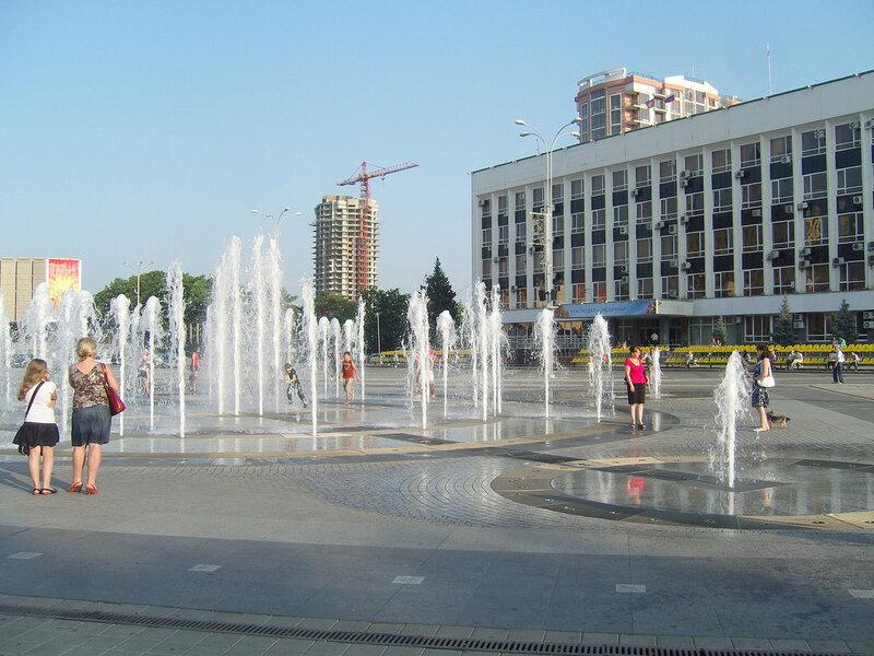 тот самый эпичный краснодарский фонтан