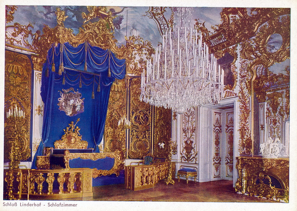 linderhof bedroom.jpg