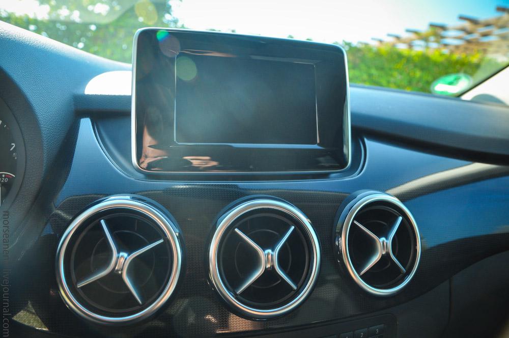 Mercedes-(7).jpg