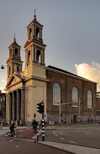 Mozes en Aäronkerk