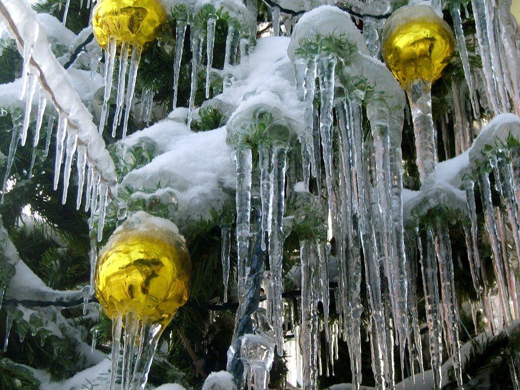 Гирлянды льда