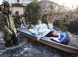 Число жертв от землетрясения в Японии возросло до 13 тысяч человек