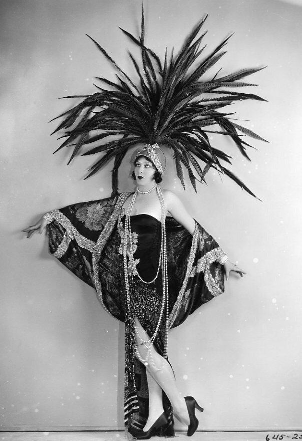 Showgirl Paramount