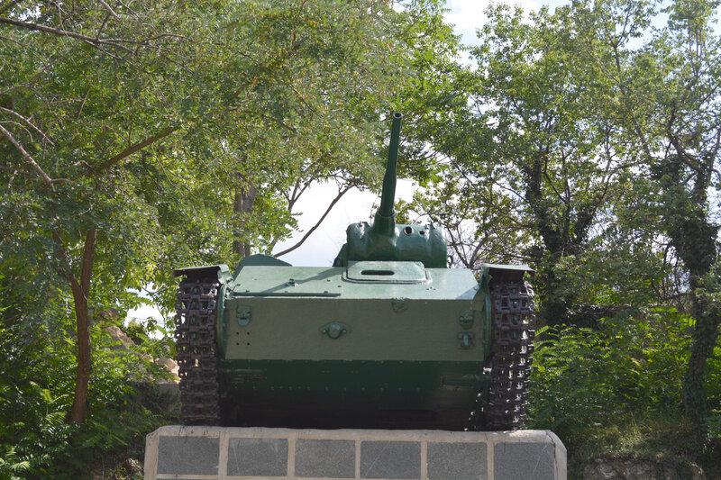 T-70_03.jpg