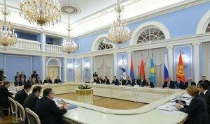 Киргизию сегодня примут в ЕАЭС