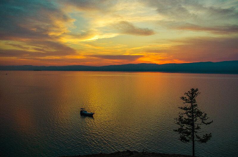Вечер над Байкалом