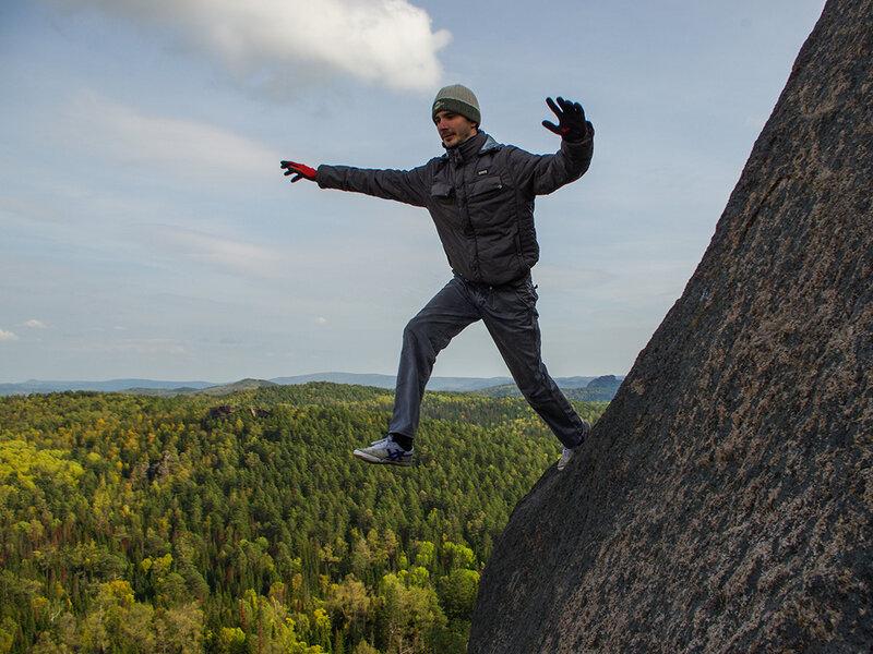 Тониус в прыжке