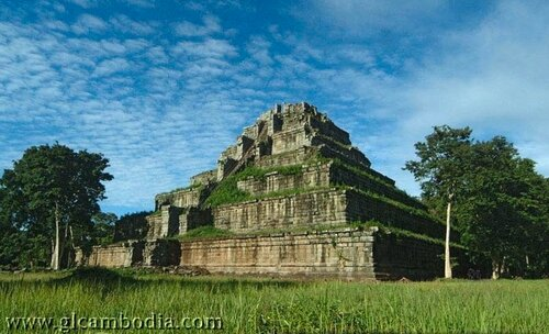 Кох Кер, пирамида в джунглях Камбоджи, ко кер