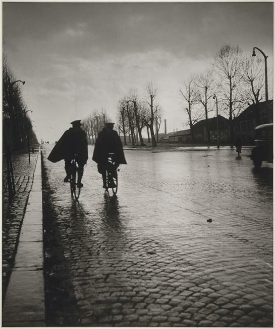 1944. Два ласточки