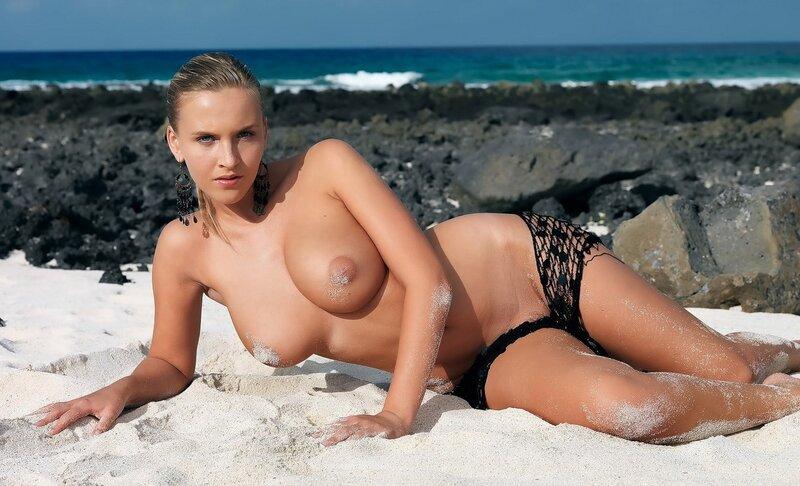 голые девки фото в хорошем качестве