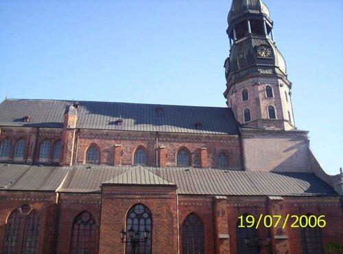 http://img-fotki.yandex.ru/get/4809/anton-liliya.9/0_5820e_a923cc02_L.jpg