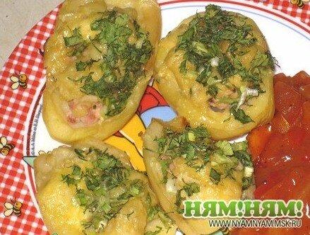 Фаршированная картошечка с кисло-сладким соусом