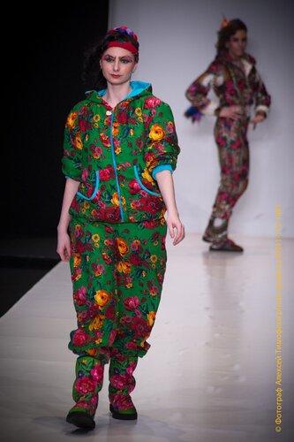 В москве неделя моды в париже неделя