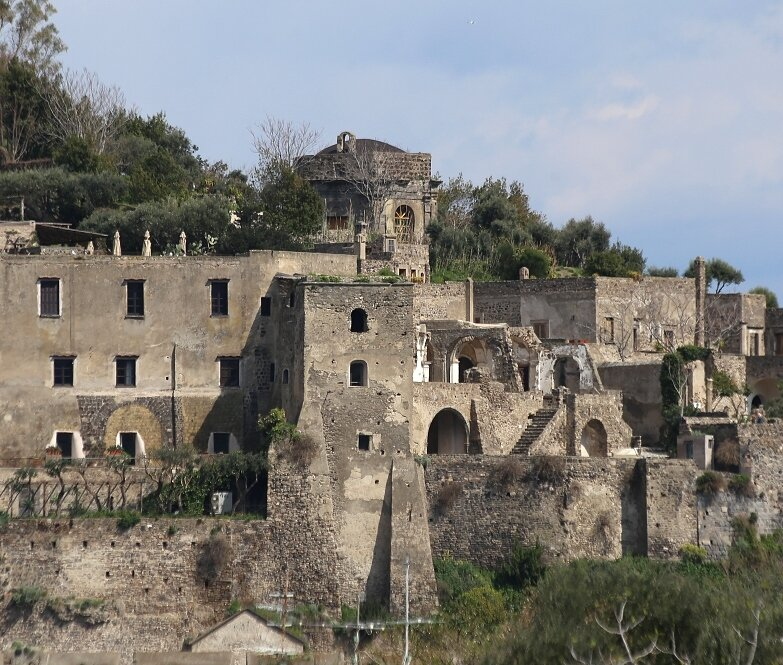 Aragonese castle. Cathedral of the Assumption (Cattedrale Dell'Assunta)