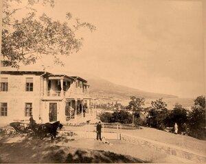 Вид дачного дома В.Г. Безобразова. Ялта