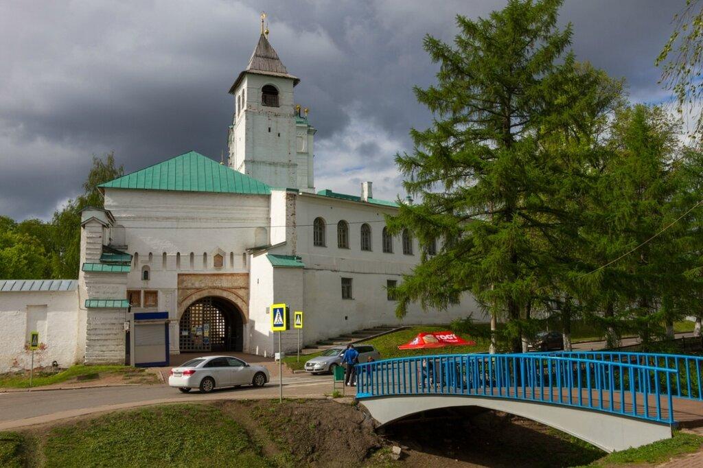 Святые ворота Спасо-Преображенского монастыря, Ярославль