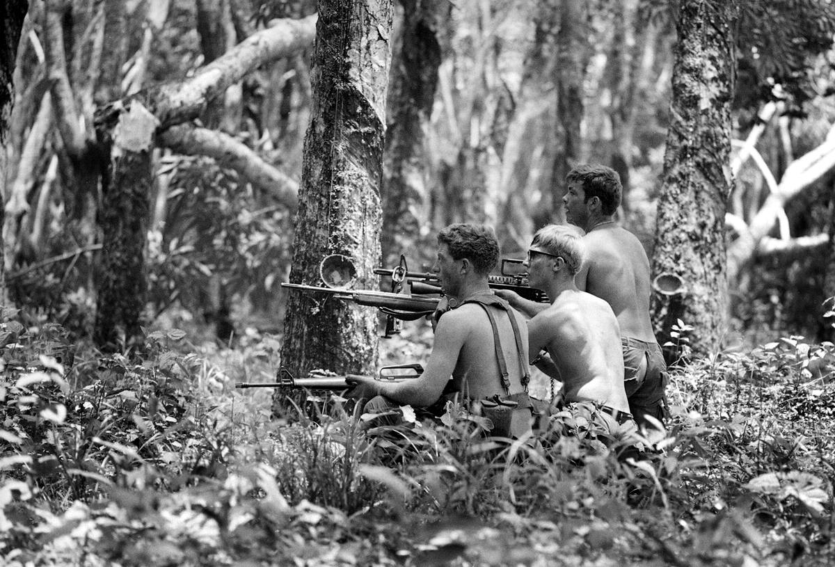 vietnam cambodian war The cambodian-vietnamese war was an armed conflict between the socialist republic of vietnam and democratic kampuchea the war began with isolated clashes along the land and maritime.