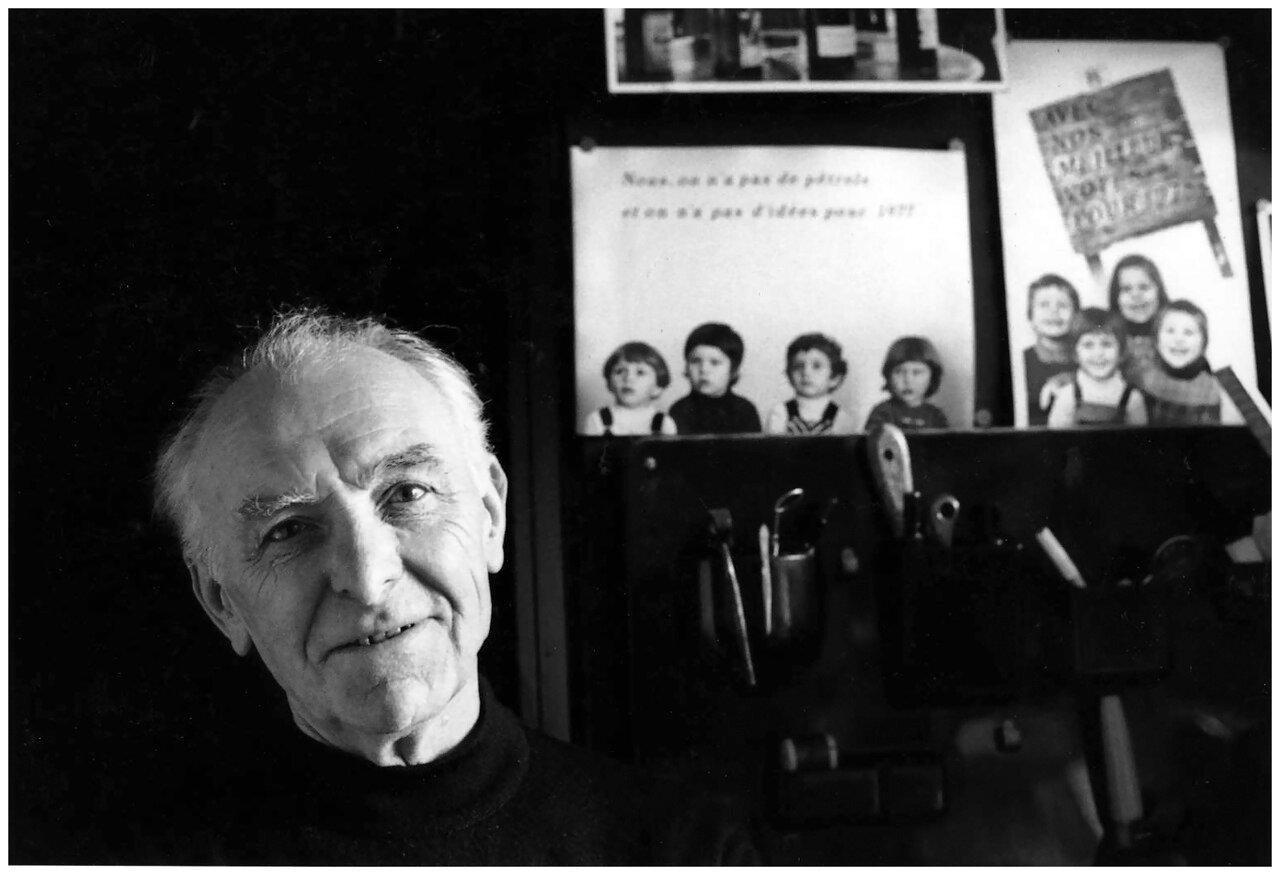1992. Браха Л. Эттингер в своей студии в Монтруже