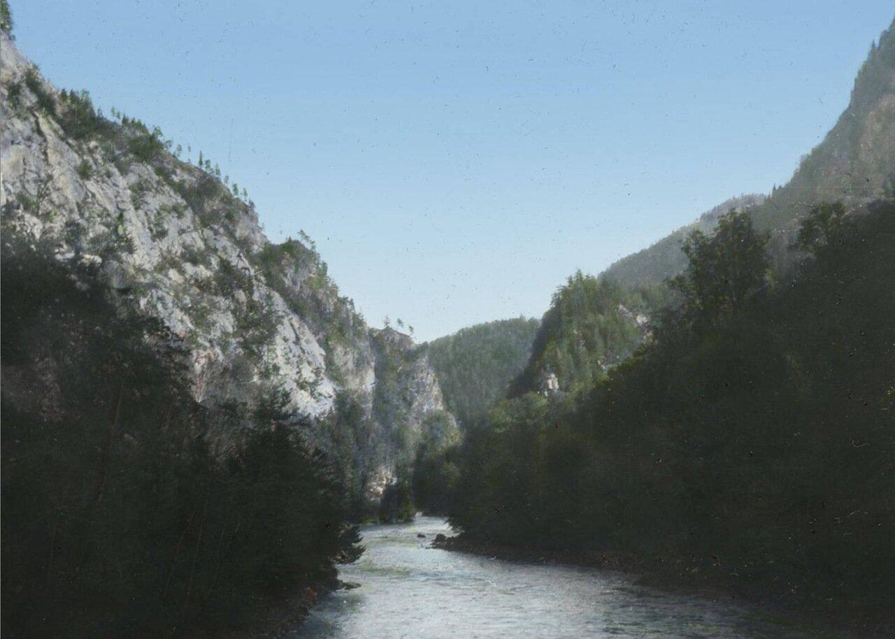 Река Ингури