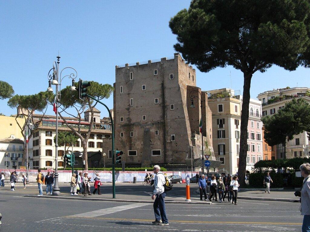 Рим. Башня Конти (Torre dei Conti)