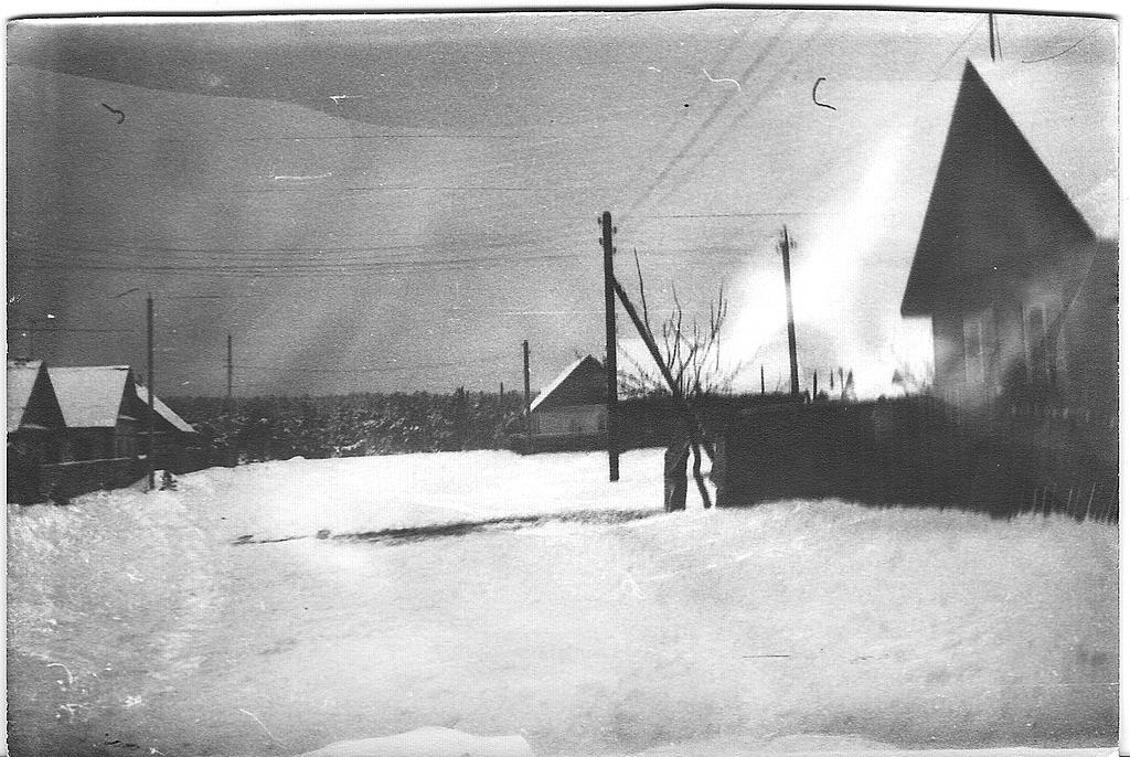 9. Один из первых моих пейзажей. Посмотрите фотографии из села Коуровка, чтобы сравнить с тем, что у меня получается сейчас.