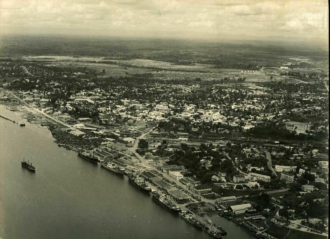 1950. Камерун. Дуала с высоты птичьего полета