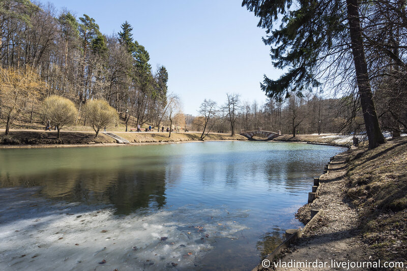 Весна в Царицыно