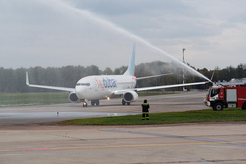 Boeing 737-8KN (A6-FEL) Flydubai D807793e
