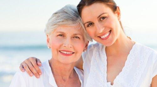 Дочери посвящают старым родителям больше времени