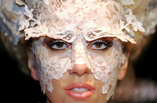 Леди Гага ждет ребенка?