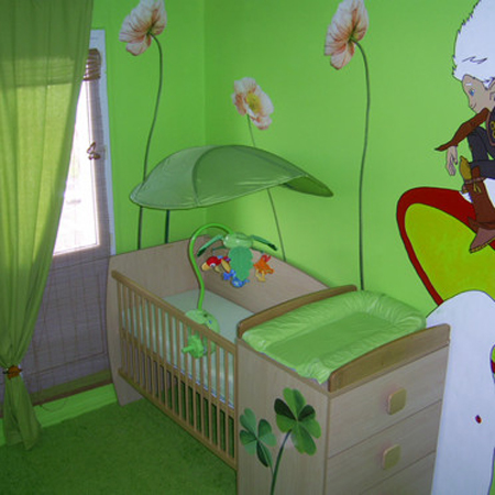 french-kidsroom-in-bright-color1-1.jpg