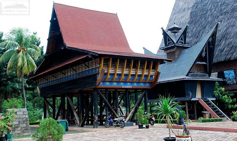 Батакские дома