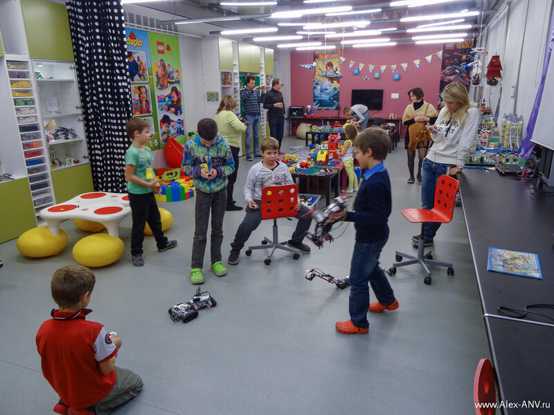 Спасибо центру детского развития и легоконструирования за очень интересные мастер-классы. Детям и родителям всё очень понравилось.