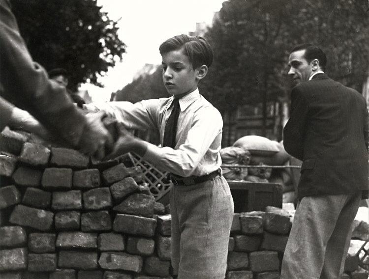1944. Освобождение Парижа. На баррикадах