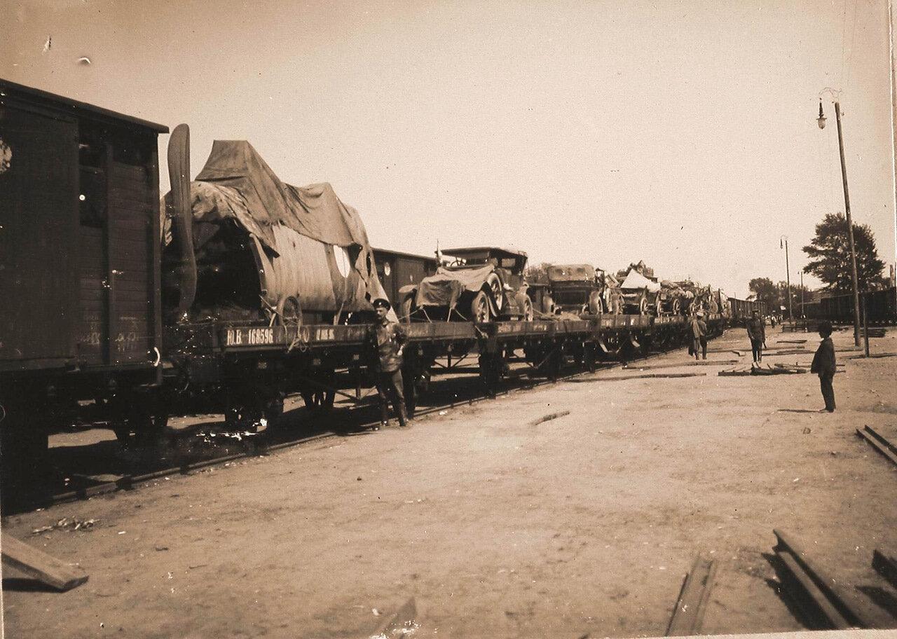 27. Авиаотряд на железнодорожной станции по пути из Радома в Красник. Май 1915