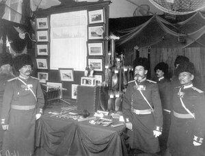Группа офицеров особого корпуса жандармов в павильоне рыболовного инвентаря.