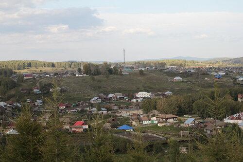 Вид на Петропавловку со скалы Чёртов палец