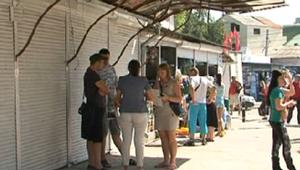 В районе центрального рынка Кишинева обнаружены незаконные ларьки