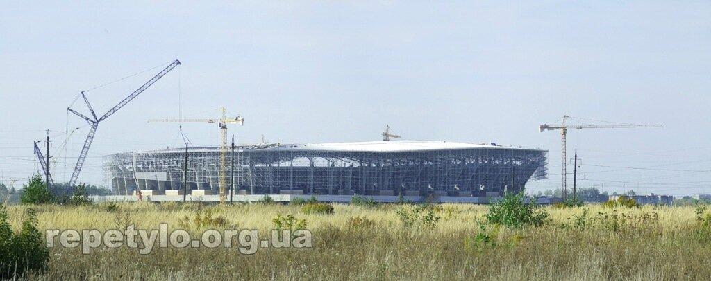Довкола нового стадіону 18.09.2011