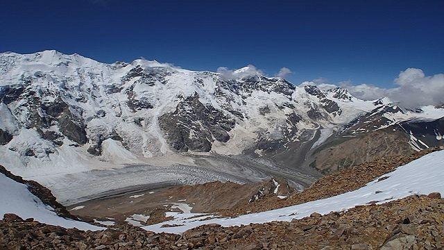 Мужчина сорвался с высоты 3,5 тысячи метров при восхождении на гору Джангитау