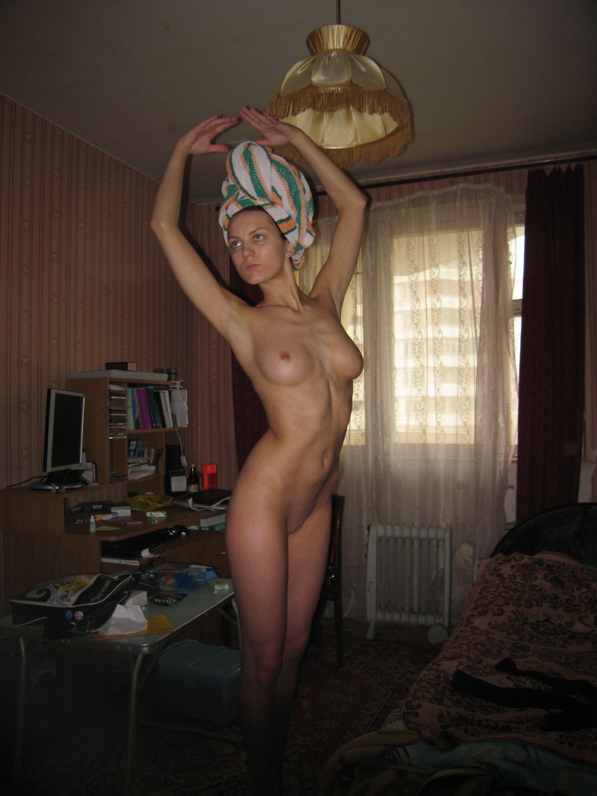 Частное фото девушек в полотенцах 12 фотография